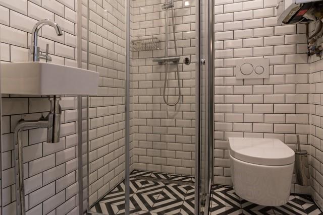 bathroom pics 1 jpg